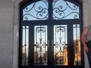 Установленная дверь ЭЛИТ класса 3