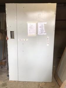 Дверь в наличии на складе ДМ-2 (вырез под домофон)